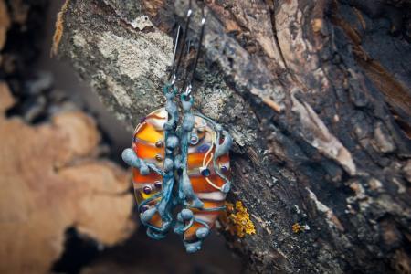 Серьги гусенички