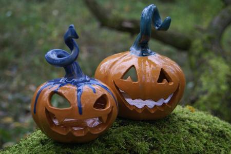 Хеллоуинские подсвечники тыквы